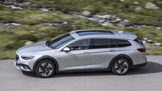 Opel Insignia Country Tourer met panoramadak